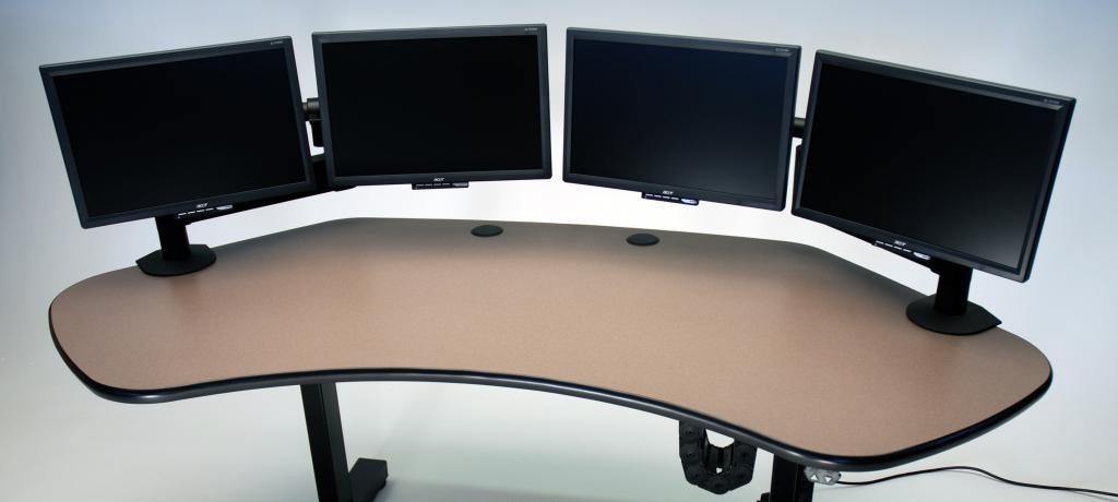 ... Ergo Solo Height Adjustable Desk Shown With 4 Monitors ... Part 45