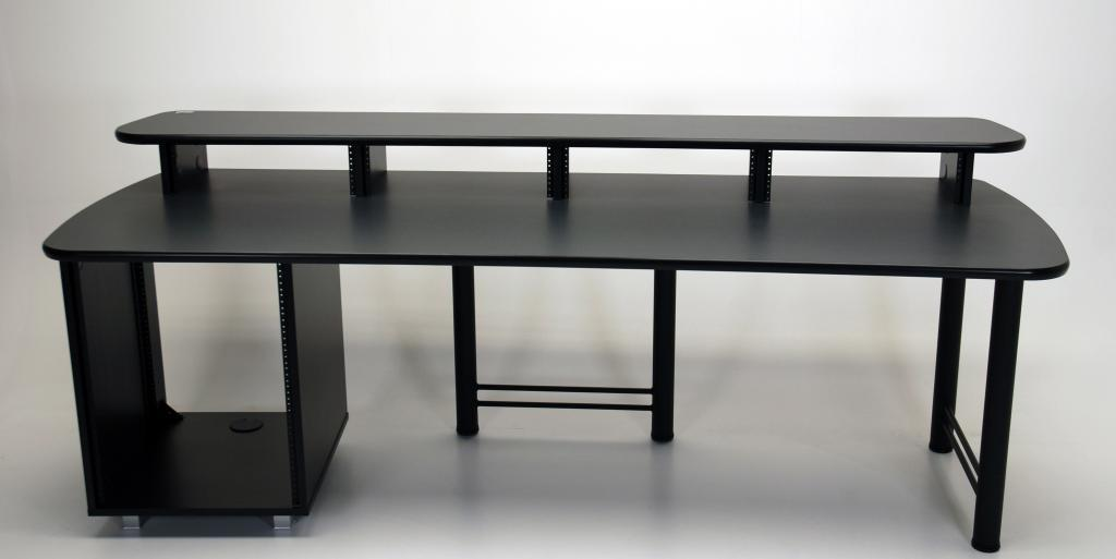 92 Max Rack Desk With Built In Equipment Rack Martin